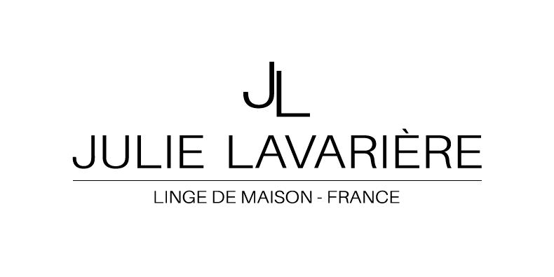 Black Friday Julie Lavarière
